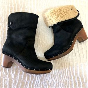 Ugg Lynnea black suede clog boots size 9